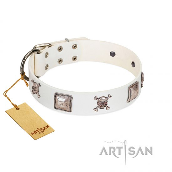 """Pirate Sloop"" Handmade FDT Artisan Designer White Leather English Bulldog Collar with Crossbones"