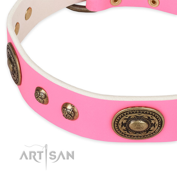 Trendy full grain genuine leather collar for your beautiful canine