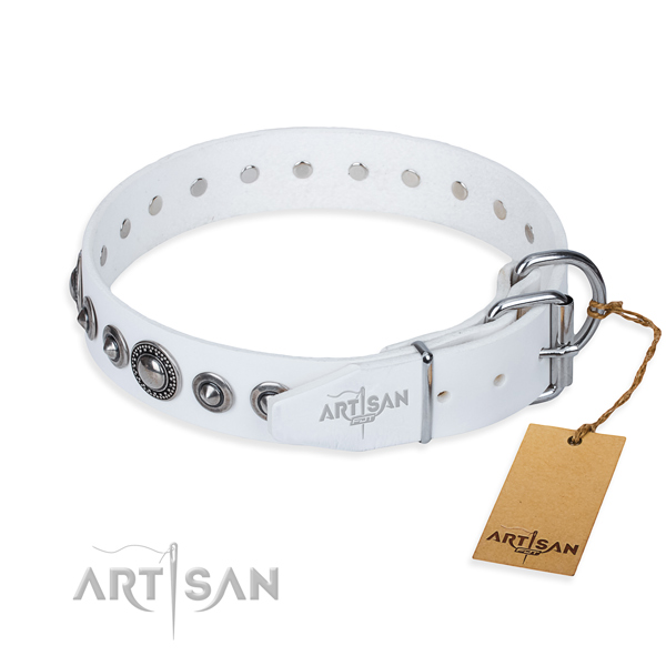 Full grain genuine leather dog collar made of reliable material with reliable decorations