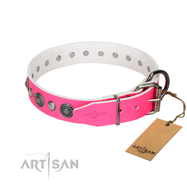 Strong natural leather dog collar with rust-proof fittings